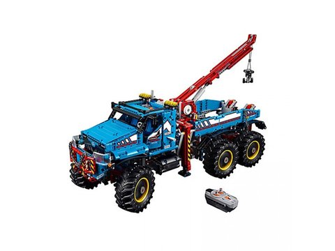 LEGO® Technic - 6 x 6 All Terrain Tow Truck